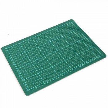 Cutting Mat — A4 Size, 305 x 229mm (Item No: B12-14) A1R3B173